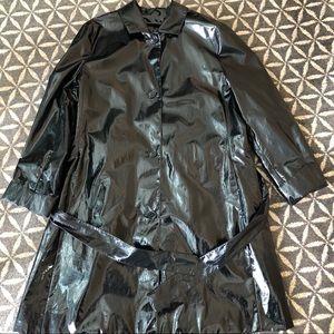 Black Vinyl Trench Raincoat - Sanyo - Bust 42